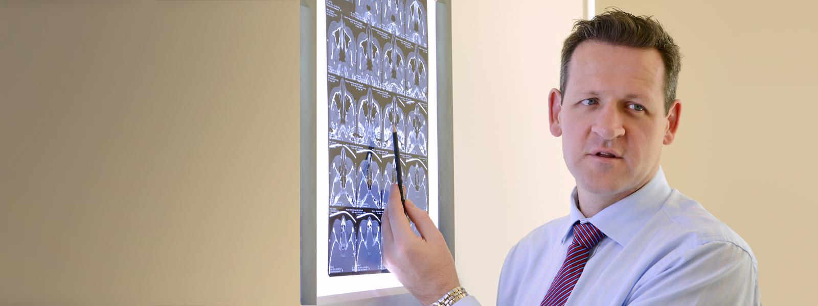 Dr viewing X-Ray
